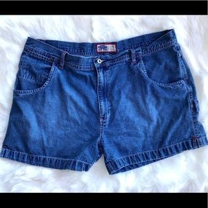 Old Navy blue jean shorts relaxed fit size 20